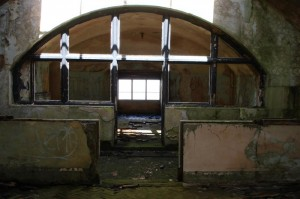 St-Catherines-Fort-052012-Inside-archlight1