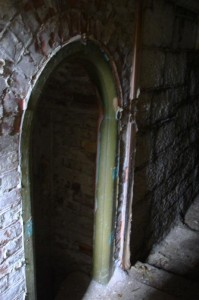 St-Catherines-Fort-052012-Inside-doorinlight1