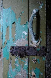 St-Catherines-Fort-052012-Inside-doorpaint1