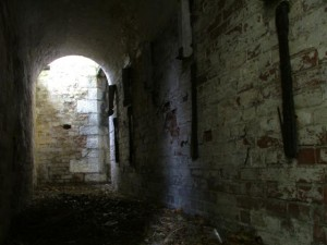 St-Catherines-Fort-052012-Inside-firecorridor