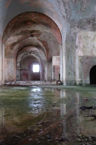 St-Catherines-Fort-052012-Inside-gunroomwater1