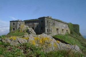 St-Catherines-Fort-052012-Outside-fortfront4